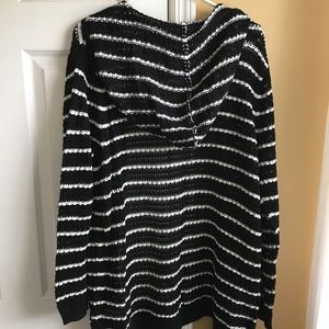 Lightweight open sweater
